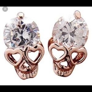 New!!! Rose Gold skull earings